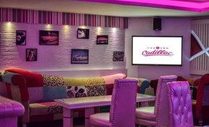 Cafe-Pink-Cadillac
