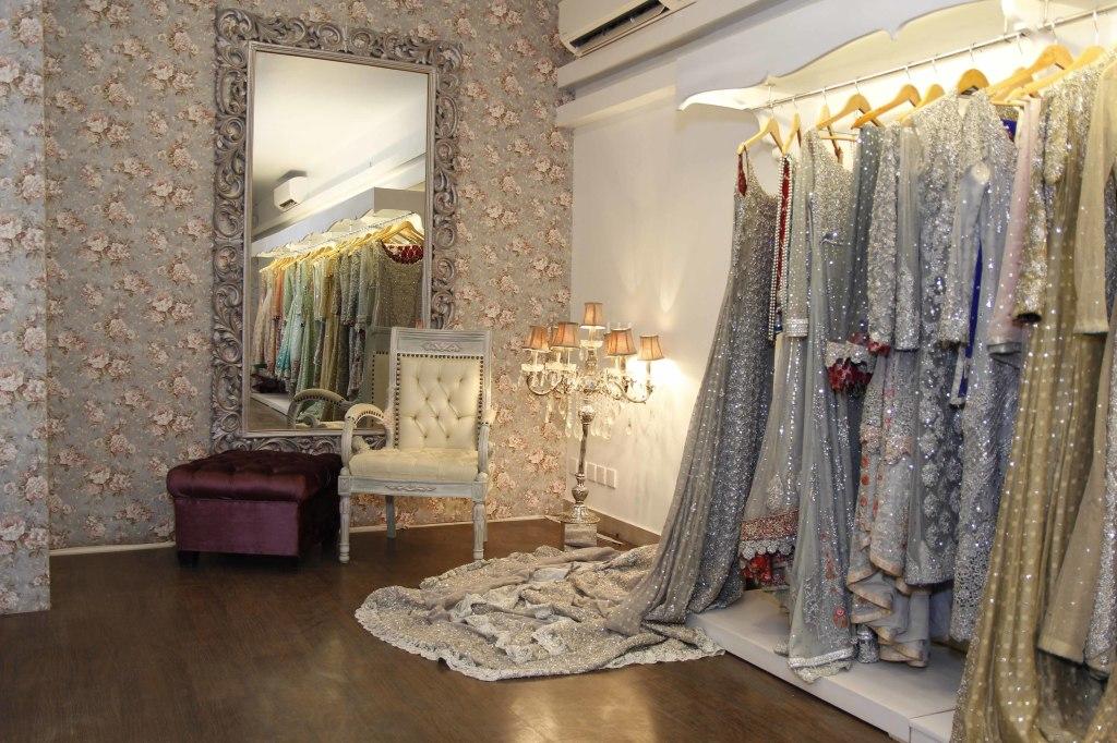 zainab chottani flagship store